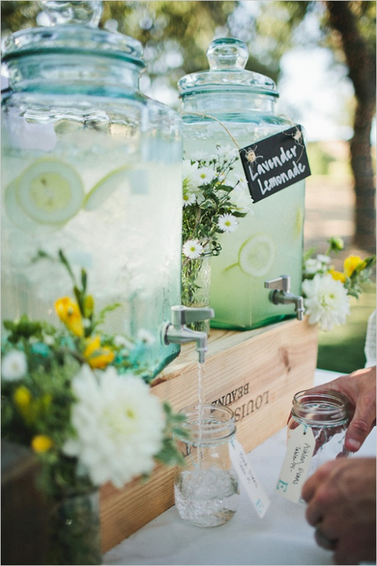 Lavender Lemonade & Ball jars (Nick Radford)
